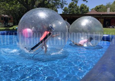 Nickerbockerdoodlebug Water balls